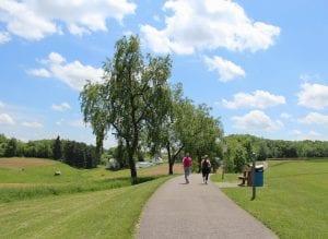 N. Boundary Park Runners on Trail